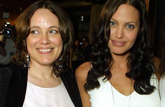 Kini Angelina Jolie Tanpa Debotnogori
