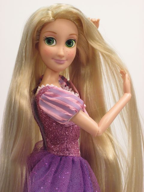 Disney-Tangled-Rapunzel