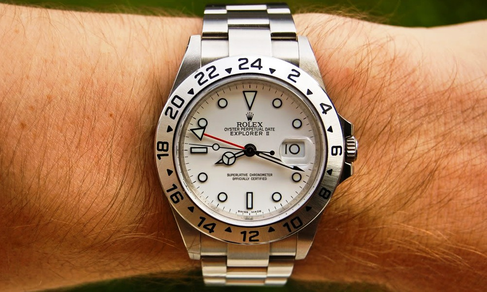 csegment wrist watches rolex explorer ii 16570 40mm vs