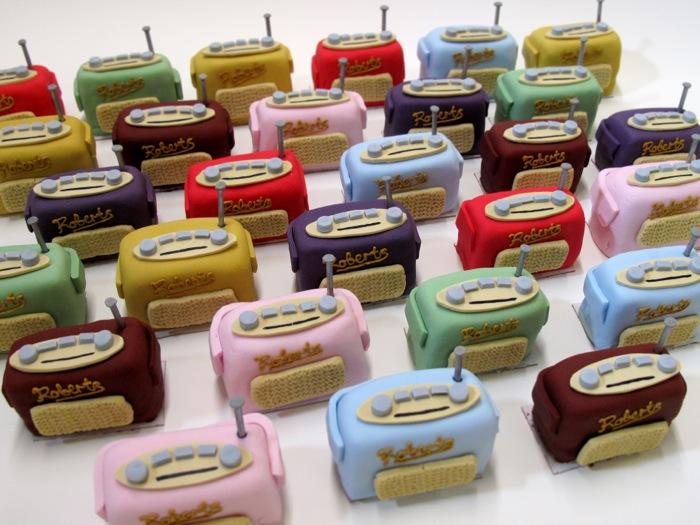 roberts radio cakes
