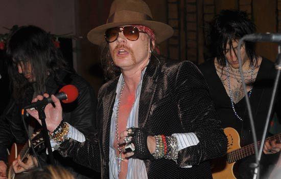 Guns N' Roses: Steven Adler apenas pode rezar por Axl Rose