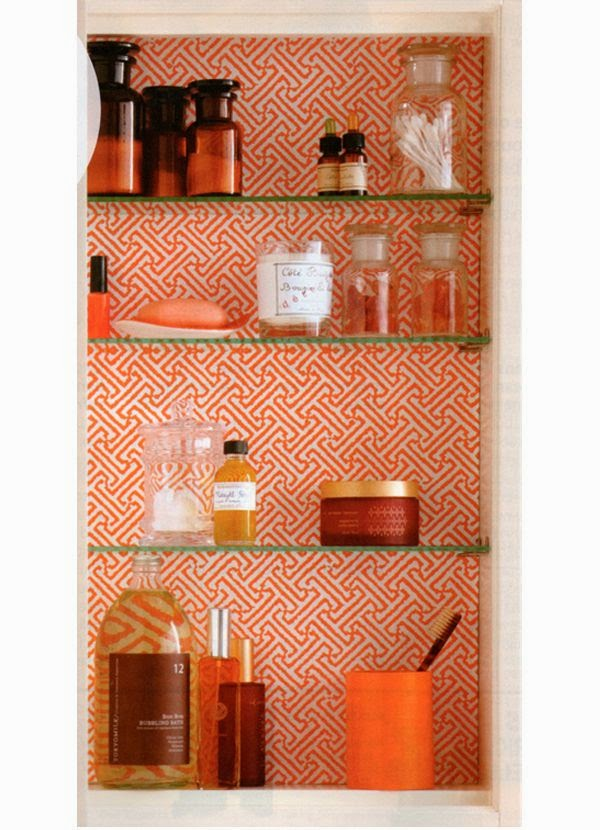 http://paloma81.blogspot.com/2012/02/beautifully-organized-medicine-cabinet.html?utm_source=feedburner&utm_medium=feed&utm_campaign=Feed:+blogspot/ladolcevitablog+%28La+Dolce+Vita%29&utm_content=Google+Reader