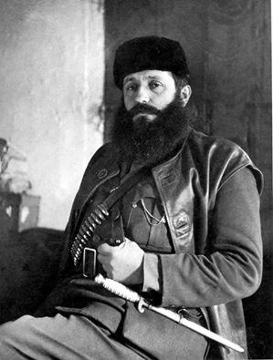 Αρης Βελουχιώτης-Σάν σήμερα γεννήθηκε ο πρωτοκαπετάνιος του ΕΛΑΣ