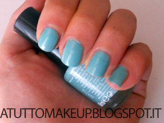 "swatch smalto Rimmel 60 Seconds n.801 ""Diamond in the sky"""