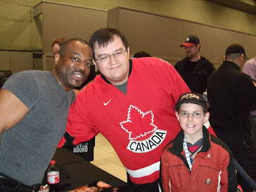 Chrisloc1701 and son Bailey meeting Levar Burton