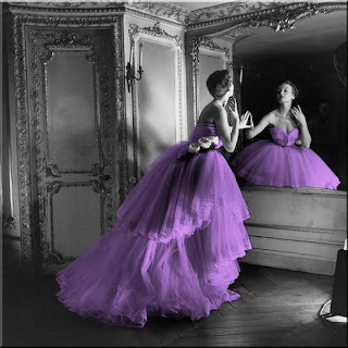 lila Hochzeitskleid