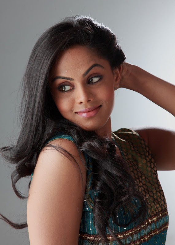 Karthika Latest Stills glamour images
