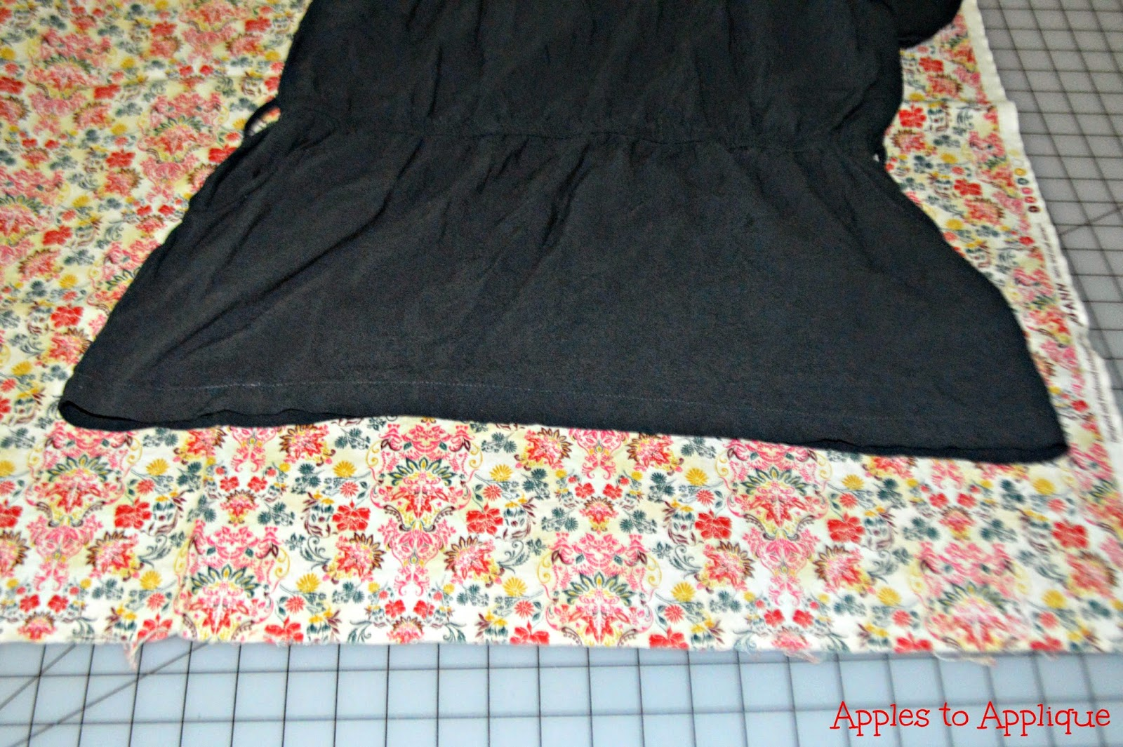 Ruffled Top Refashion | Apples to Applique #sewing