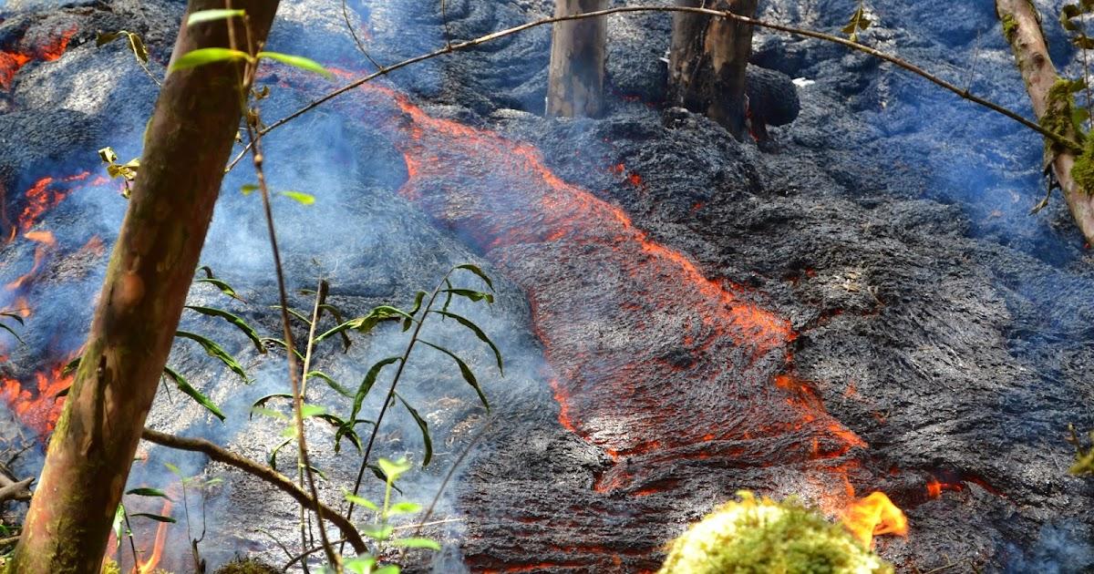 Family Travel Blog Hawaii Daily Photo River Of Lava