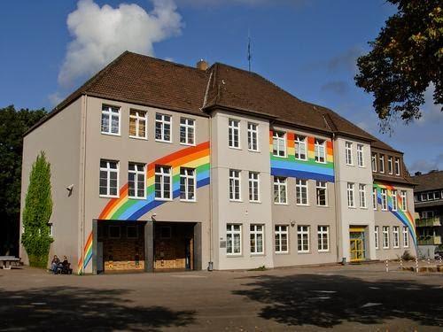 Beide Haben Damals Den Kindergarten St. Michael Besucht, Bevor Sie In Die  Reuenbergschule Eingeschult Wurden.