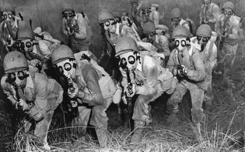 soldados mascaras de gas