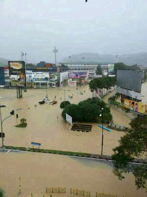 banjir-di-kuantan-2013.jpg