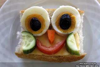 Çocuklar için eğlenceli kahvalti tabaklari