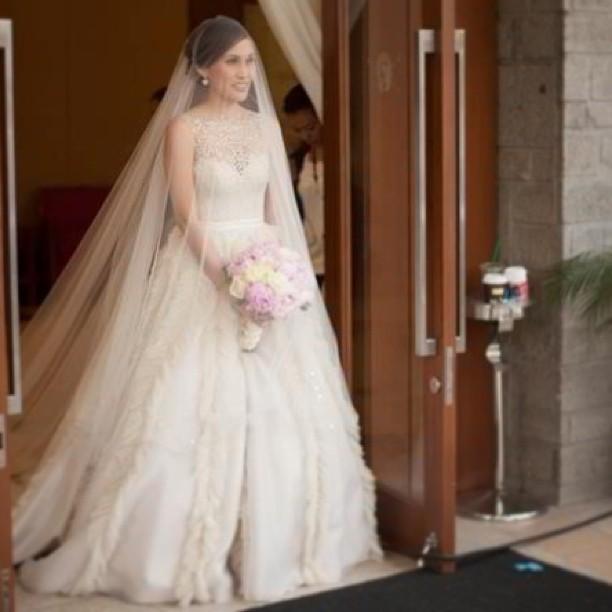 Sonhar com vestido de noiva branco e verde