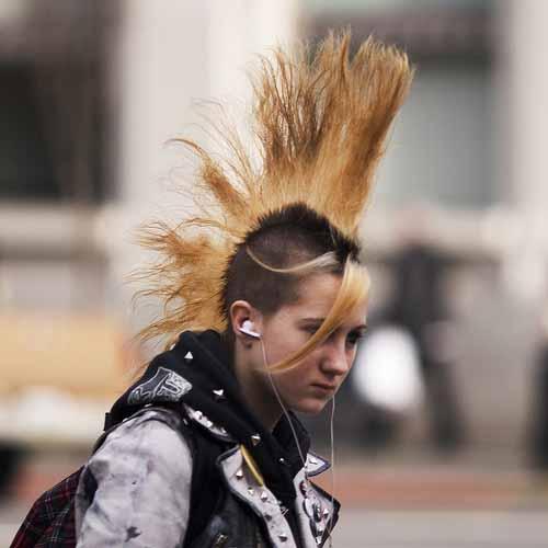 Asal Usul Sejarah Gaya Rambut Mohawk [ www.BlogApaAja.com ]