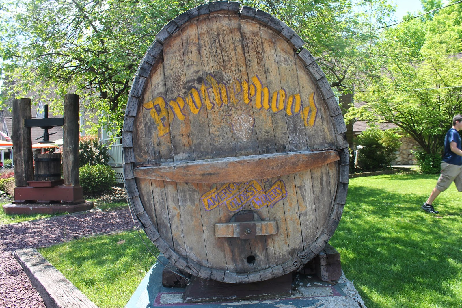 Brotherhood Winery wine barrel sign