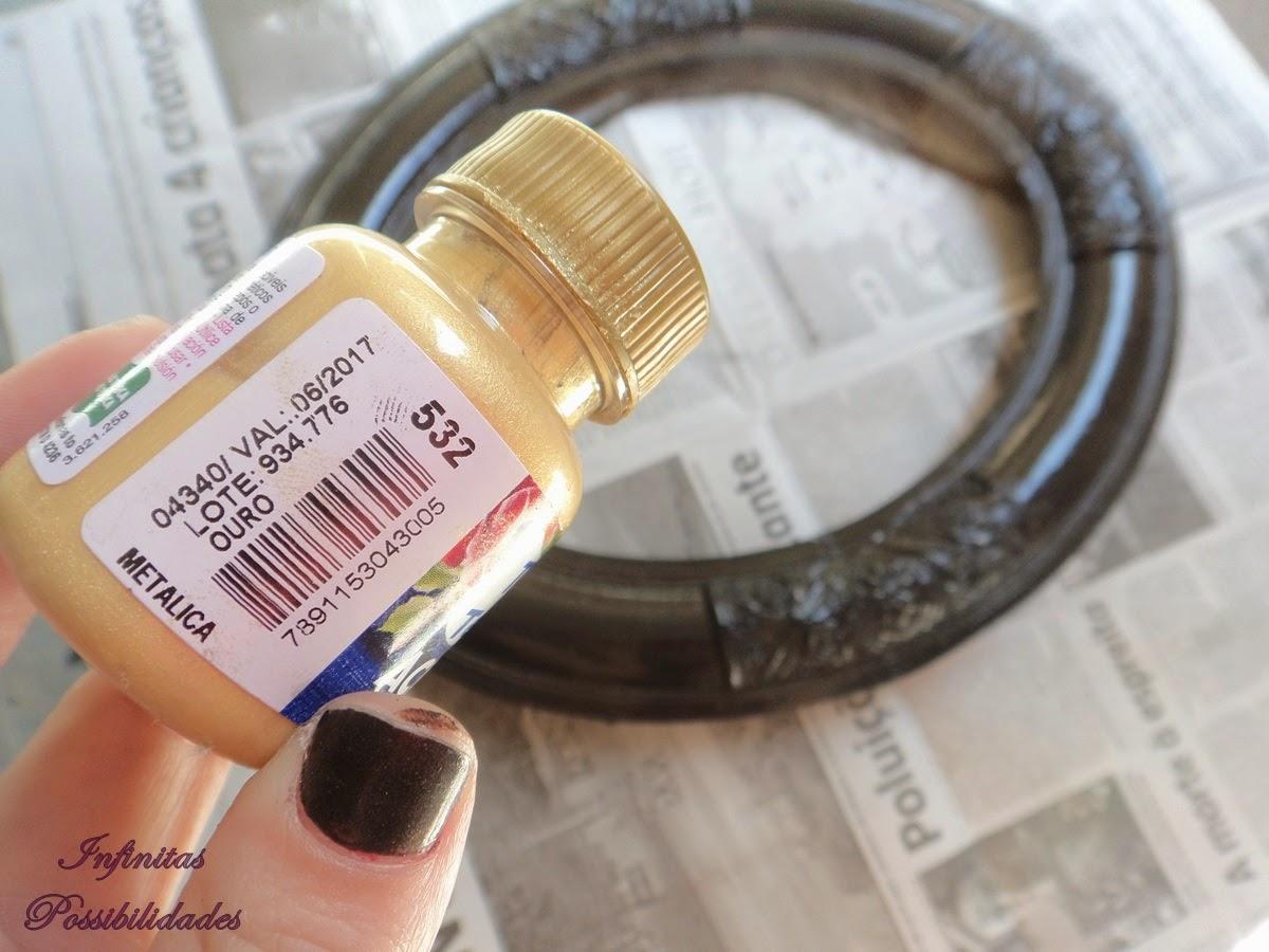 Então com uma esponja fui passando a tinta dourada esfregando a  #8E603D 1200x900