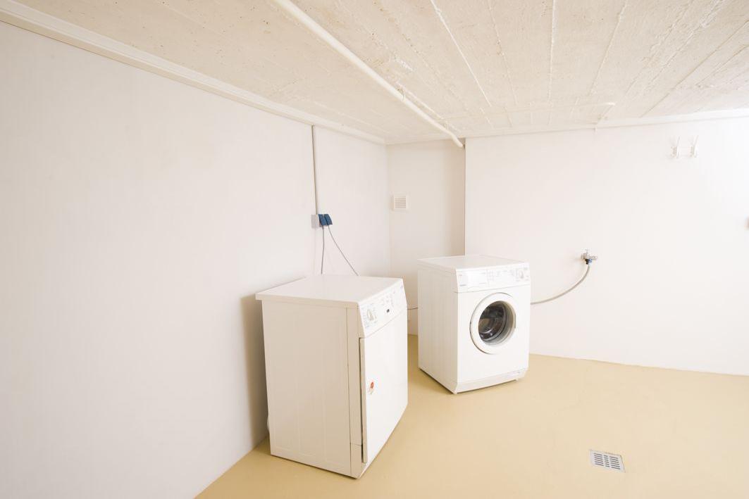 w nde gegen feuchtigkeit isolieren home image ideen. Black Bedroom Furniture Sets. Home Design Ideas
