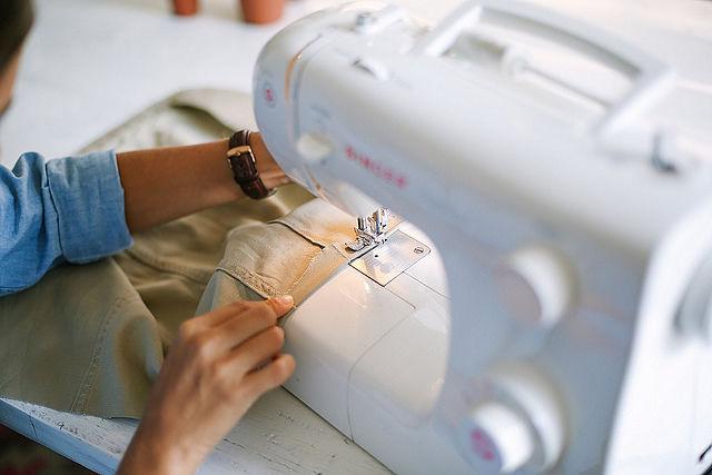Tutorial de costura para convertir una chaqueta en una falda