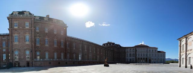 Foto panoramica entrata Reggia di Venaria Reale