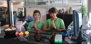 special massage, sensational massage, barbershop in Jakarta, Enjoy Jakarta, refreshing massage, hair cut and massage