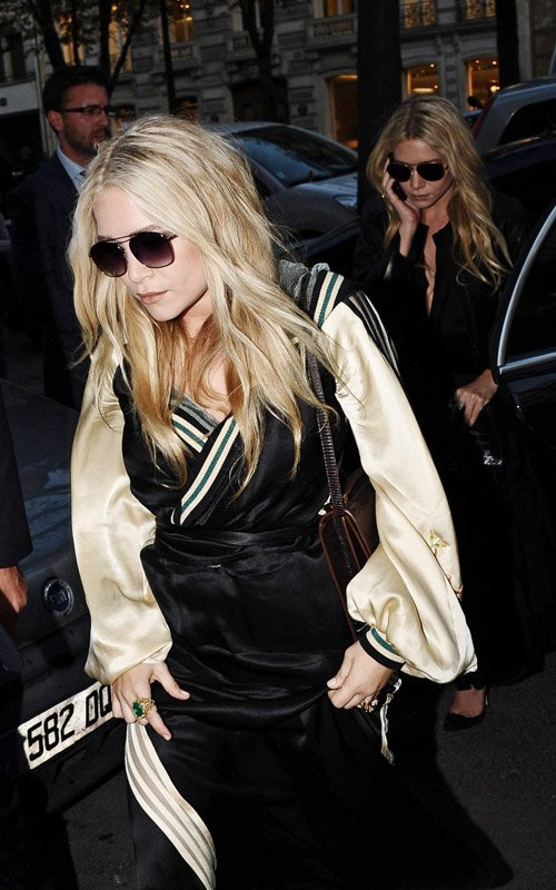 Mary-Kate And Ashley Olsen: Paris Fashion Week Gals!