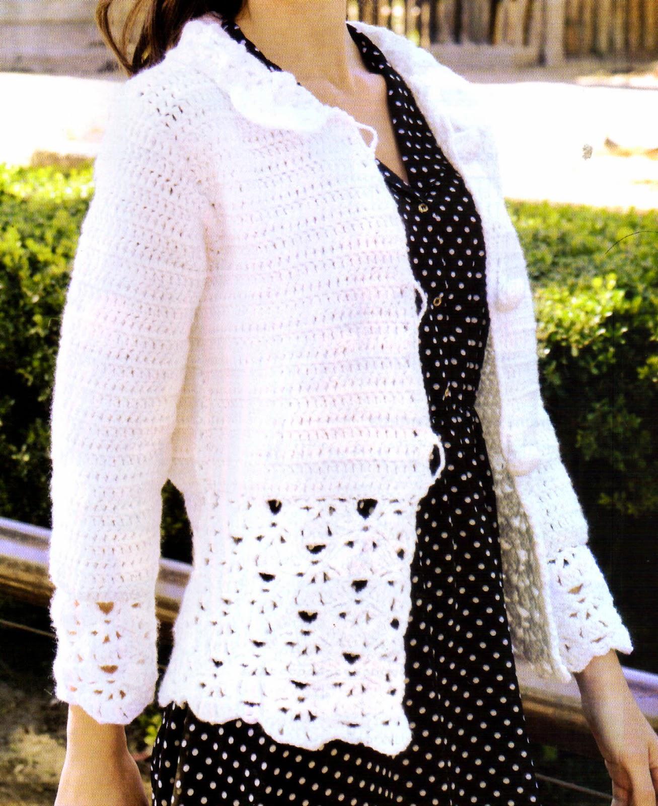 saco tejido en crochet con un bonito detalle (frente)