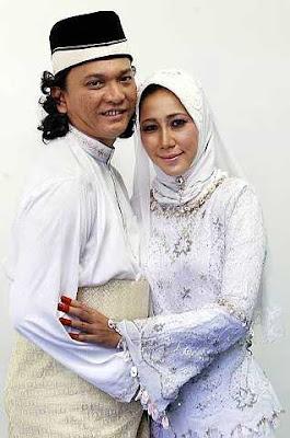Gambar Suami Sharifah Shahora