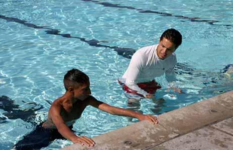 Tri Joko W: Cara Belajar Berenang yang Baik dan Benar untuk Pemula