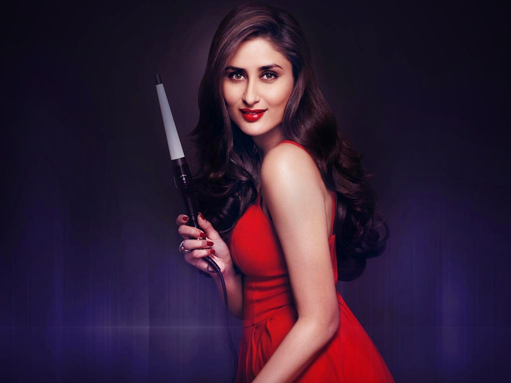 Kareena Kaboor Hot Wallpaper in red