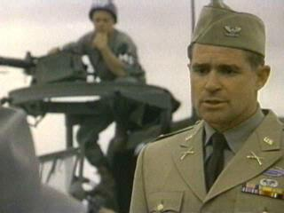 Treat Williams Mulholland Falls 1996 animatedfilmreviews.blogspot.com
