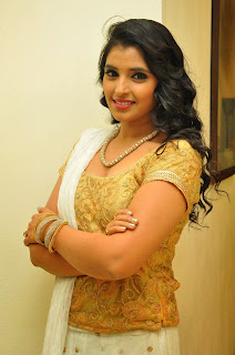 Telugu Acnhor Syamala Latest Picture at Ram Leela Movie Audio Launch  17.JPG