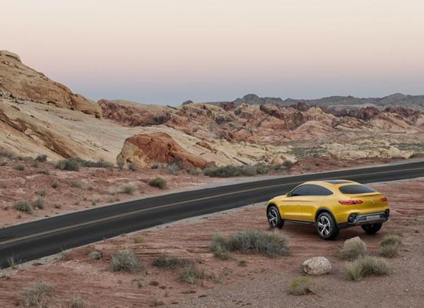 メルセデス「GLC Coupe Concept」のリア画像その2