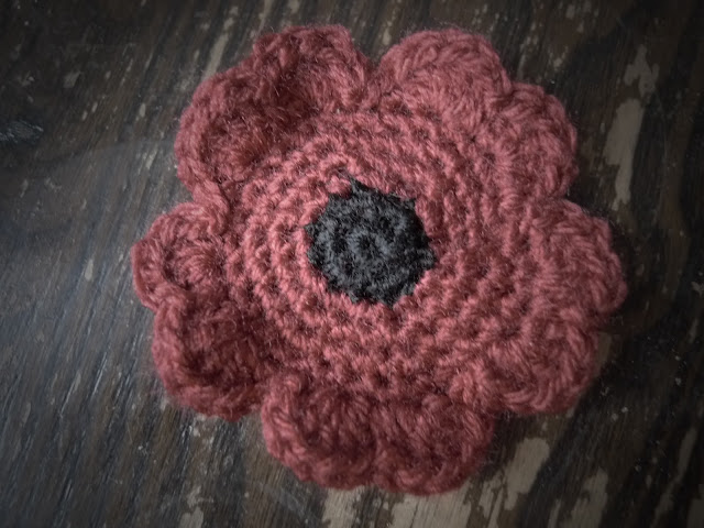 Egg on a Stick, Crochet, Poppy, Free Pattern