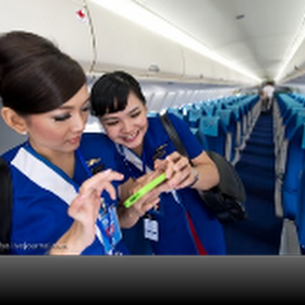 Foto-foto Pramugari Sukhoi Superjet 100