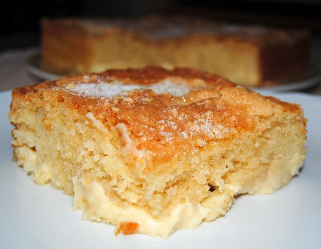 Bizcocho con Crema Pastelera