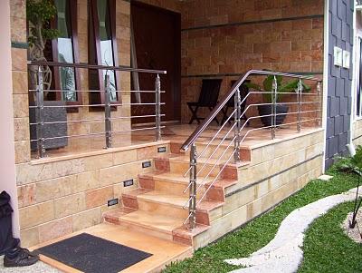 semoga dengan postingan tentang Contoh Desain Teras Rumah Minimalis ...