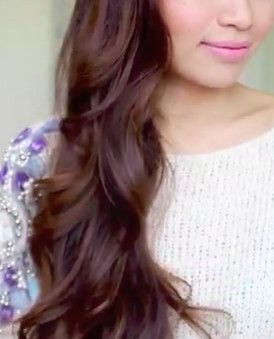 Learn how to do these easy overnight heatless curls! Its another great cool hairstyles for girls!