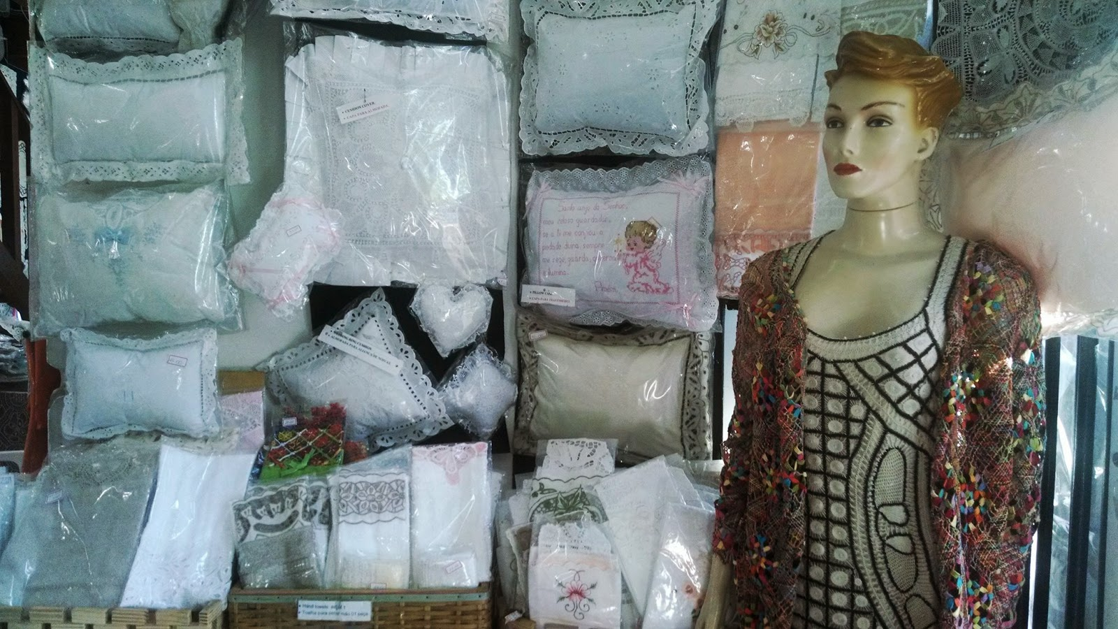 Armario Quarto Bebe ~ Mochileiros e Campistas EMCETUR lugar histórico para compras de artesanato e roupas no Centro