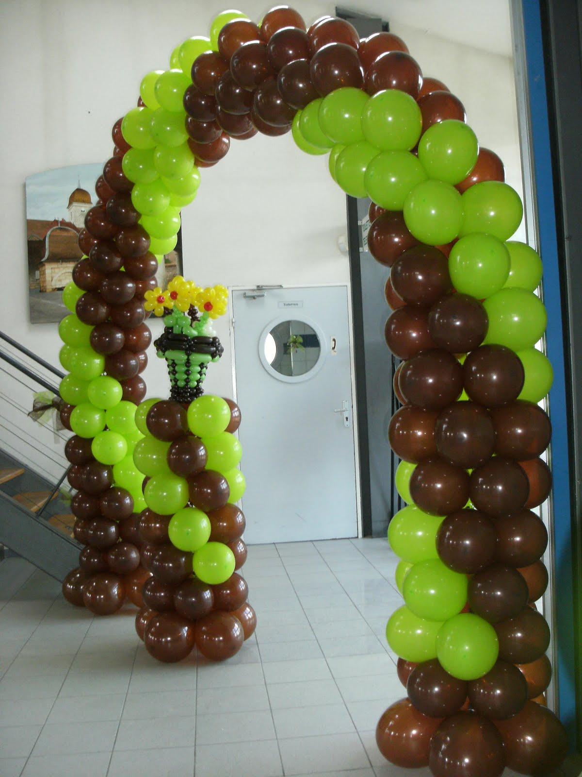 creation deco ballons coupe de fleurs et arche pour un mariage. Black Bedroom Furniture Sets. Home Design Ideas