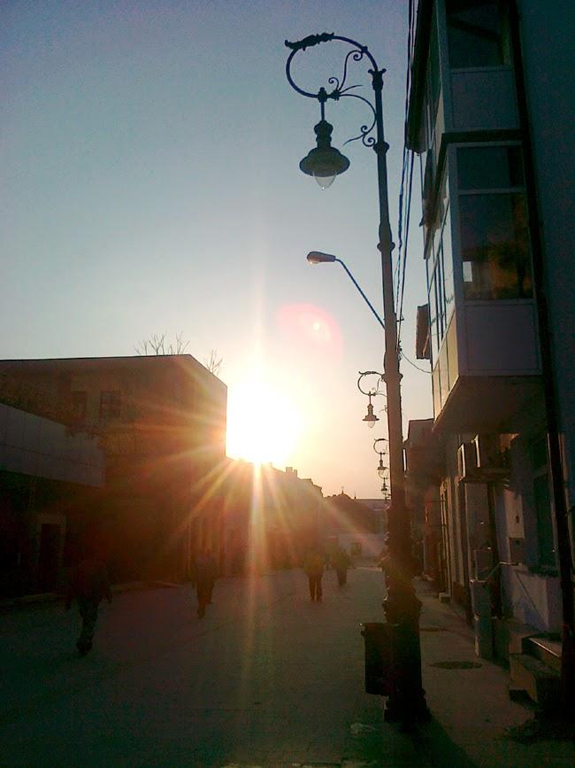 Soare pe strada Traian Demetrescu