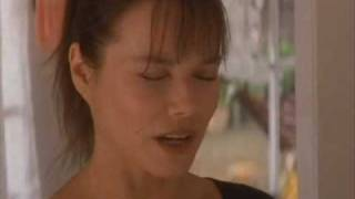 Barbara Hershey Falling Down 1993 Michael Douglas movieloversreviews.blogspot.com