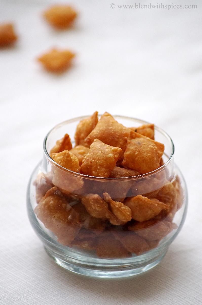 karam kajalu recipe, diwali snack recipes south indian, savory diamond cuts, banana chips recipes, how to make banana chips