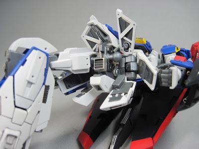 HGUC 1/144 Zeta Gundam
