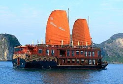 Du thuyền VIP Hạ Long