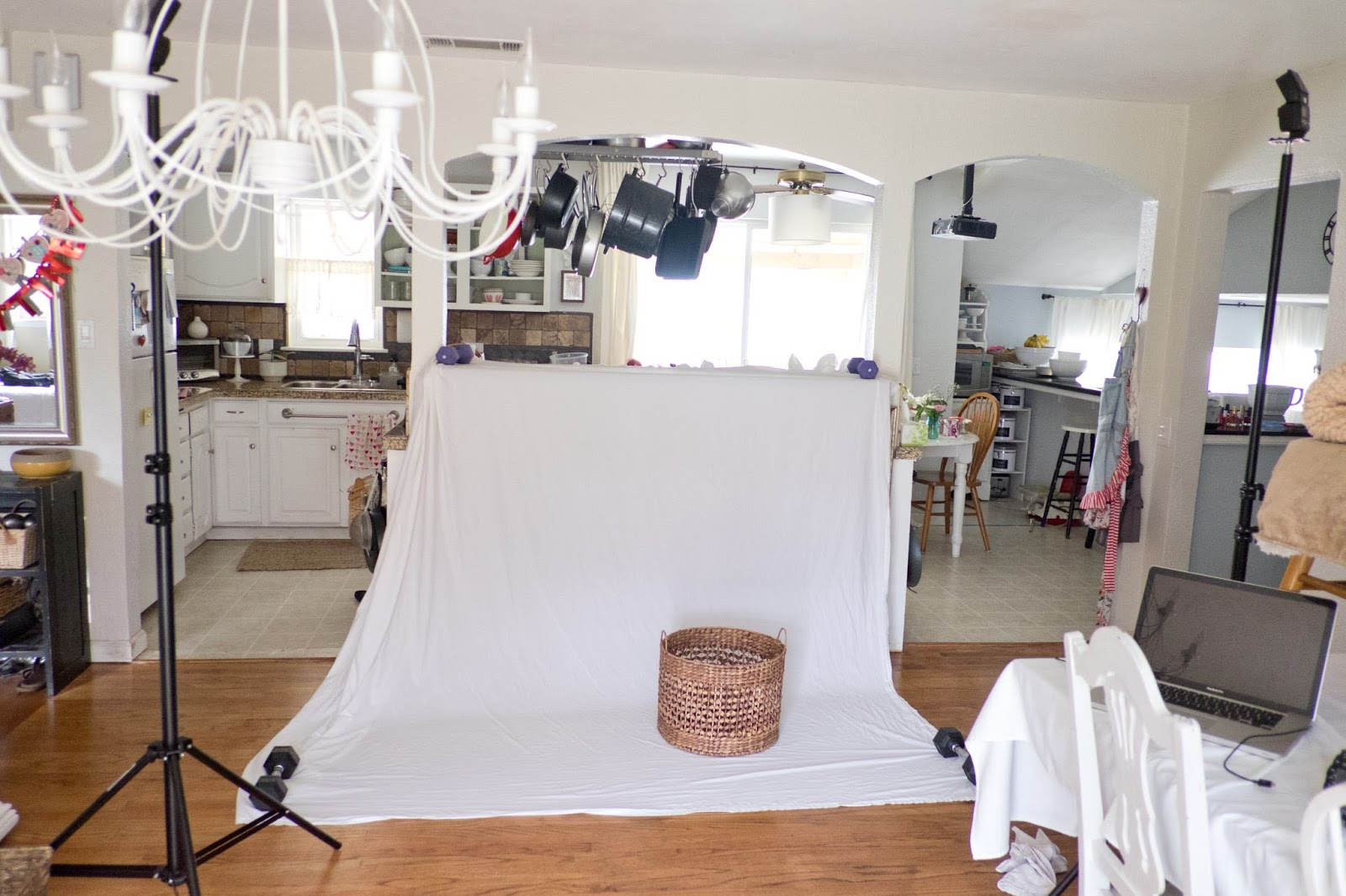 DIY In Home Photo Studio Set Up