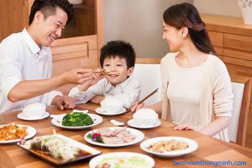Thực phẩm nhiều canxi giúp trẻ phát triển chiều cao