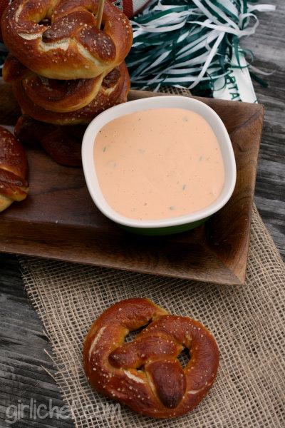 Soft Pretzels w/ Spicy Beer Cheese Sauce