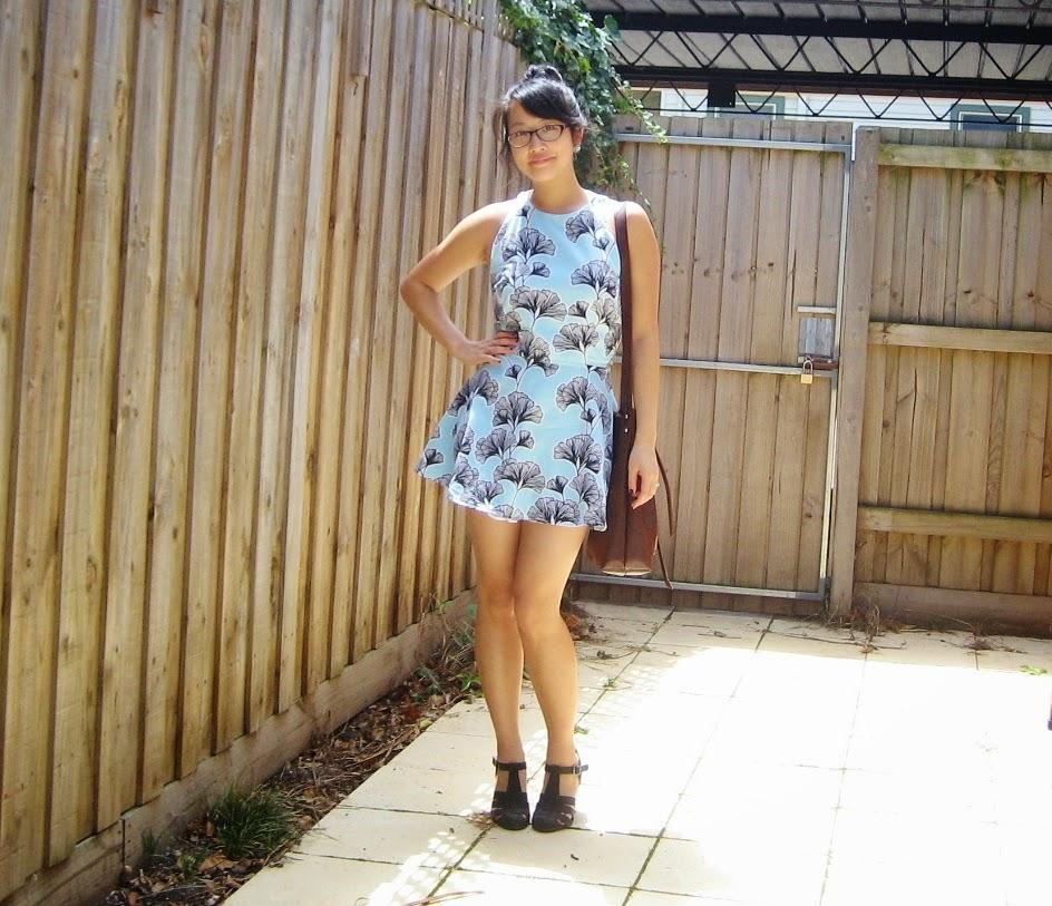 http://mel-allwrappedup.blogspot.com.au/2015/01/salme-sonja-dress.html