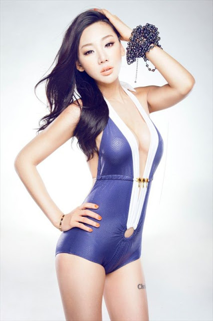 Model Jin Mei Xin - Sexy Swimwear Photos